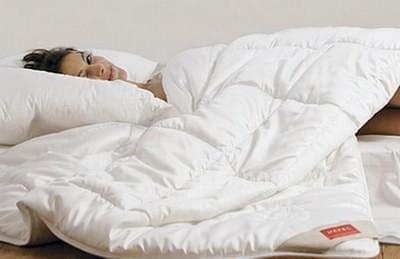 Одеяло Hefel - WELLNESS MILK летнее 200х220 с волокном кукурузы